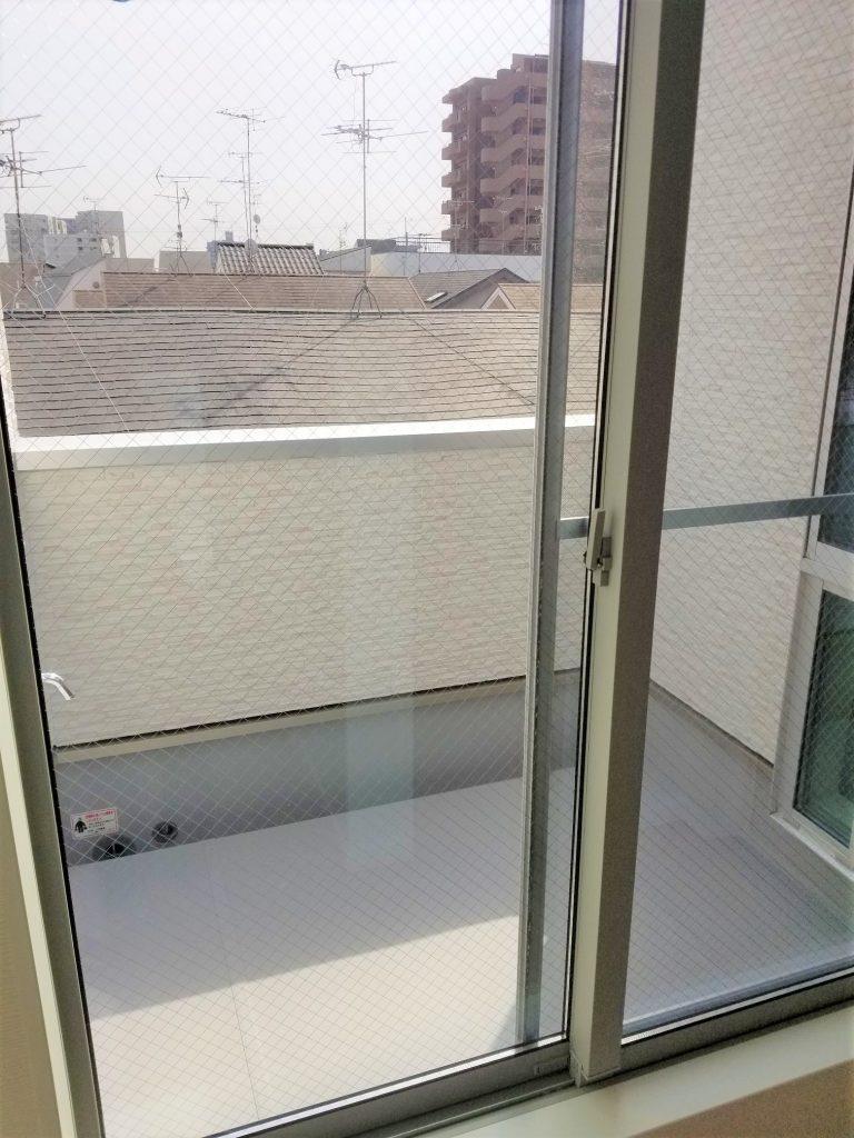 南向きの3階バルコニーは視界も良く洗濯物もよく乾きそうです。