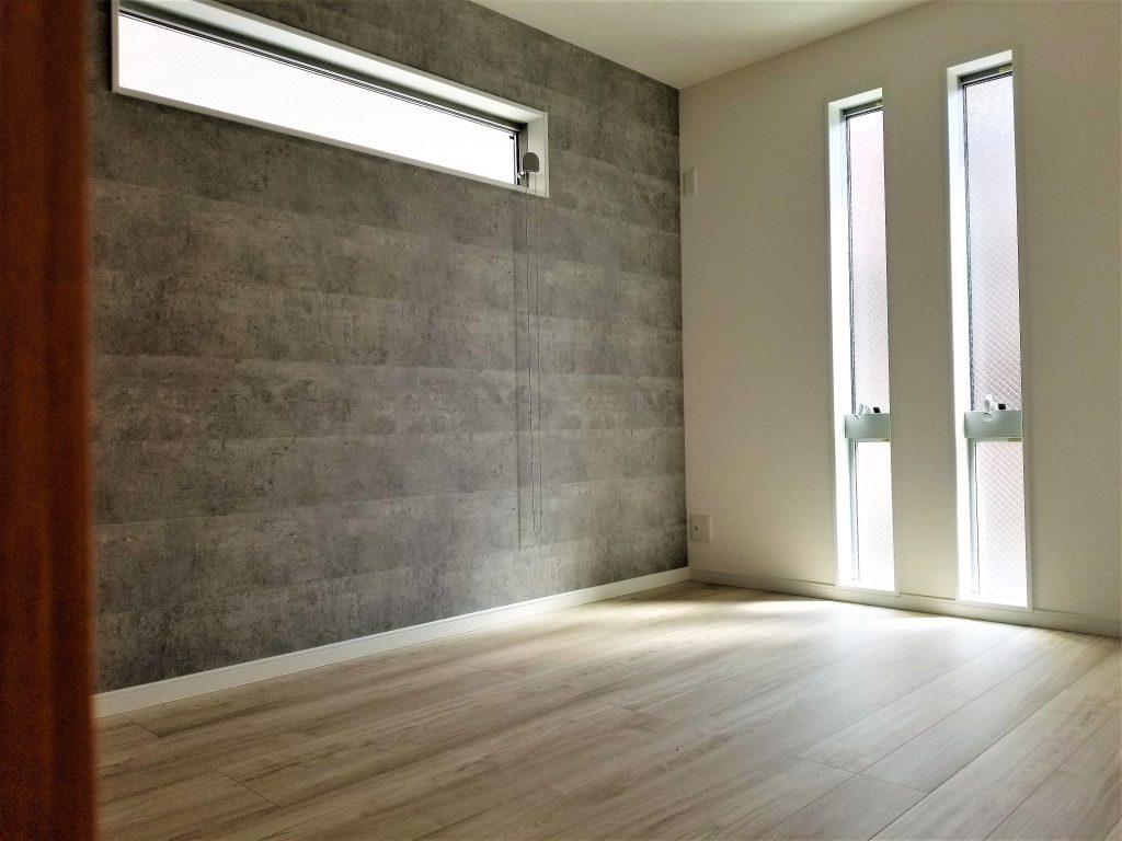 1階でも光の差し込みを考え明るい空間に。