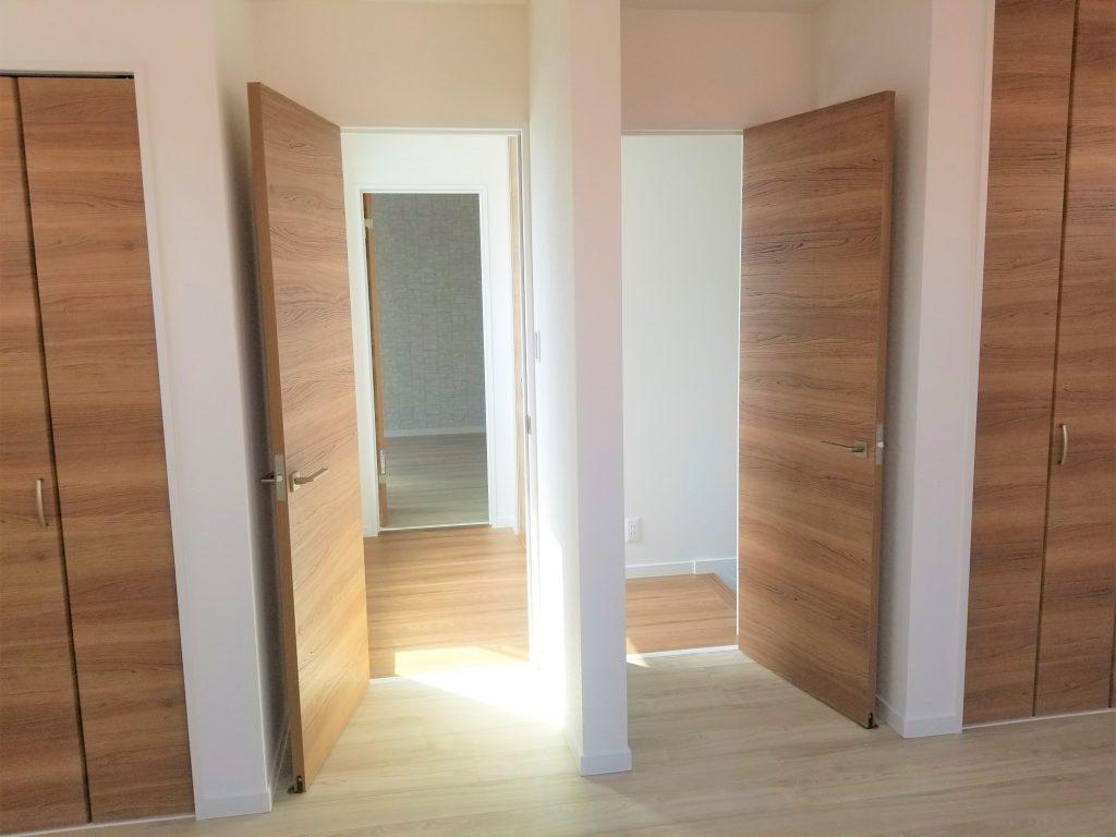 将来4.5帖分けれるように設計された洋室9帖 子供部屋に最適。