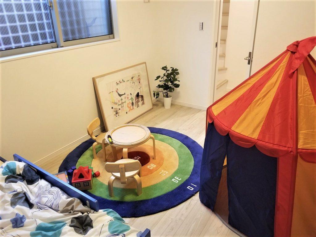 1階5.5帖洋室、子供部屋にぴったりですね♪