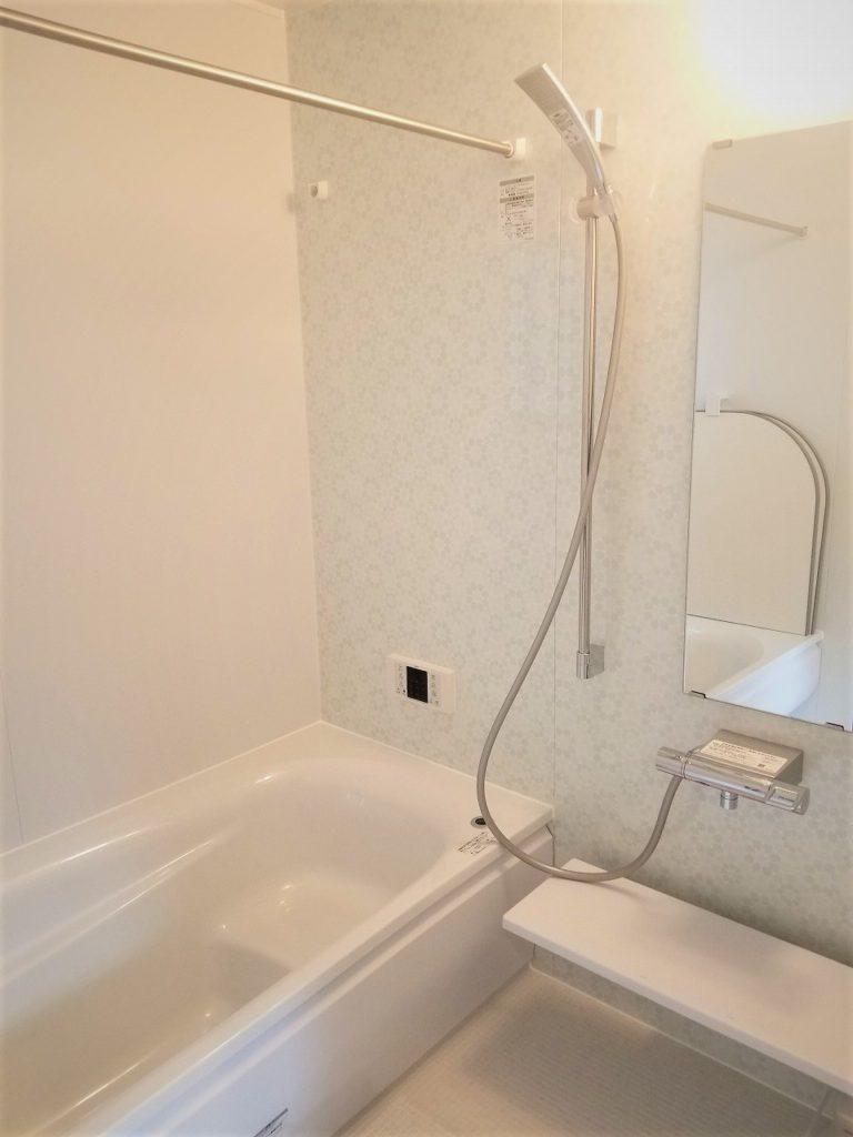 浴室乾燥・追い炊き機能付きバスでゆったり~。しっかり乾燥できます。
