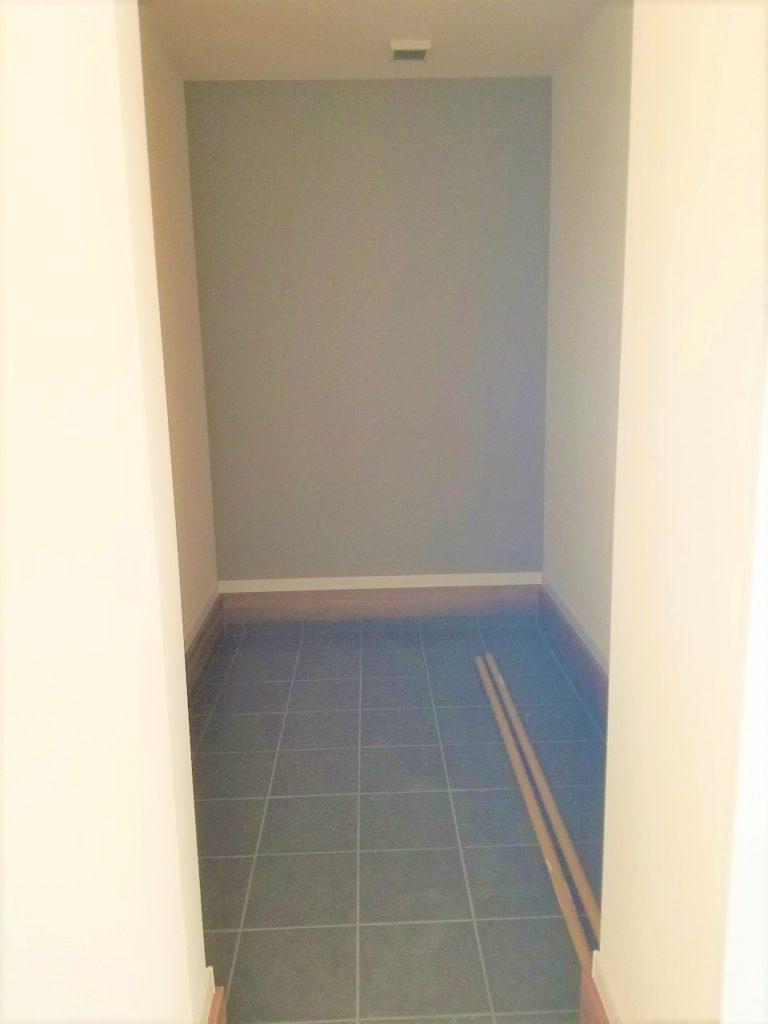 玄関横にシューズインクローゼットを設置し広々とした空間を確保しました♪